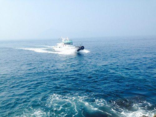 渡船の出船風景